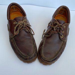 Timberland men's size 9 brown platform shoe.